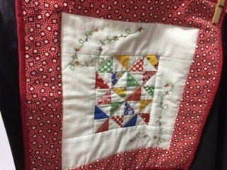 Mini-Quilts-Viewers-Choice-Margaret-Natof-A-Little-Bit-of-Fun