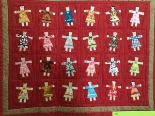 Small-Quilts-Linda-Belecki-Dancing-Dolls